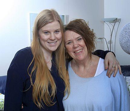 Idag är dottern Annika 22 år. För Anita som har fått diagnosen myelit, inflammation i ryggmärgen, har hon varit ett stort stöd.