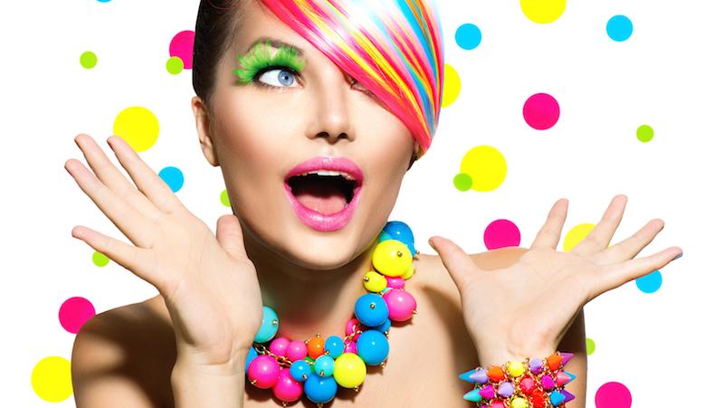 Kvinna med färger.