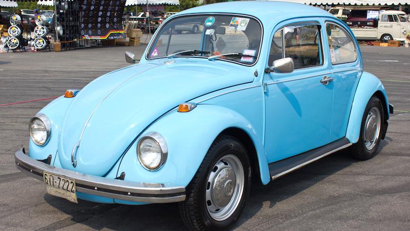 Bilder på gamla bilar.