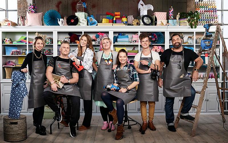 Gruppbild, från vänster: Anna Maria Larsson, Ted Lillevold, Fanny Erkelius, Karin Andersson, Linda Kalkan, Simon Olsson och Henrick Eriksson. Foto: Sjuan