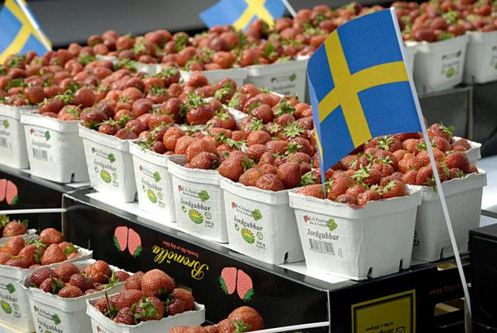Expert varnar for fusk med jordgubbar