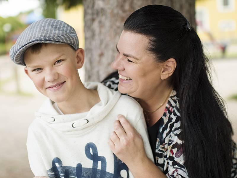 Gustaf Randemo med mamma Anna.
