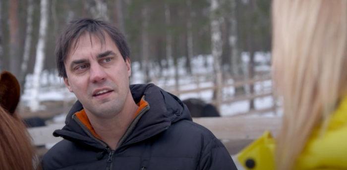 Hästbonden och veterinären Andreas, 45, i