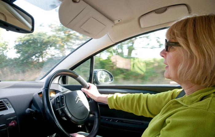 Tusentals bilar riskerar korforbud i maj