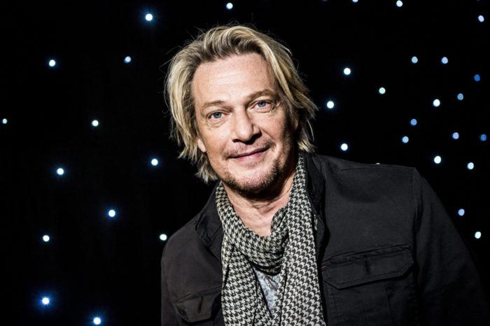 Artisten Tommy Nilsson vid pressträffen av Stjärnornas stjärna.