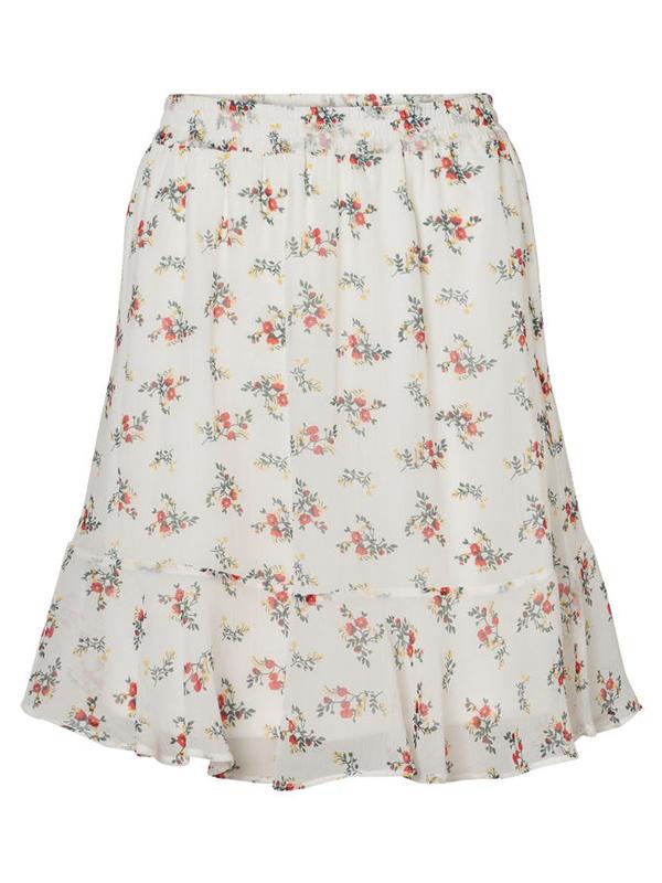 Vit blommig kjol från Vero Moda.