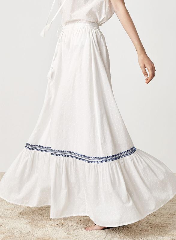Vit långkjol från Indiska.