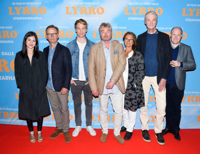 Nour El Refai, Johan Ulveson, Björn Gustafsson, Peter Dalle, Suzanne Reuter, Claes Månsson och Henrik Dorsin.