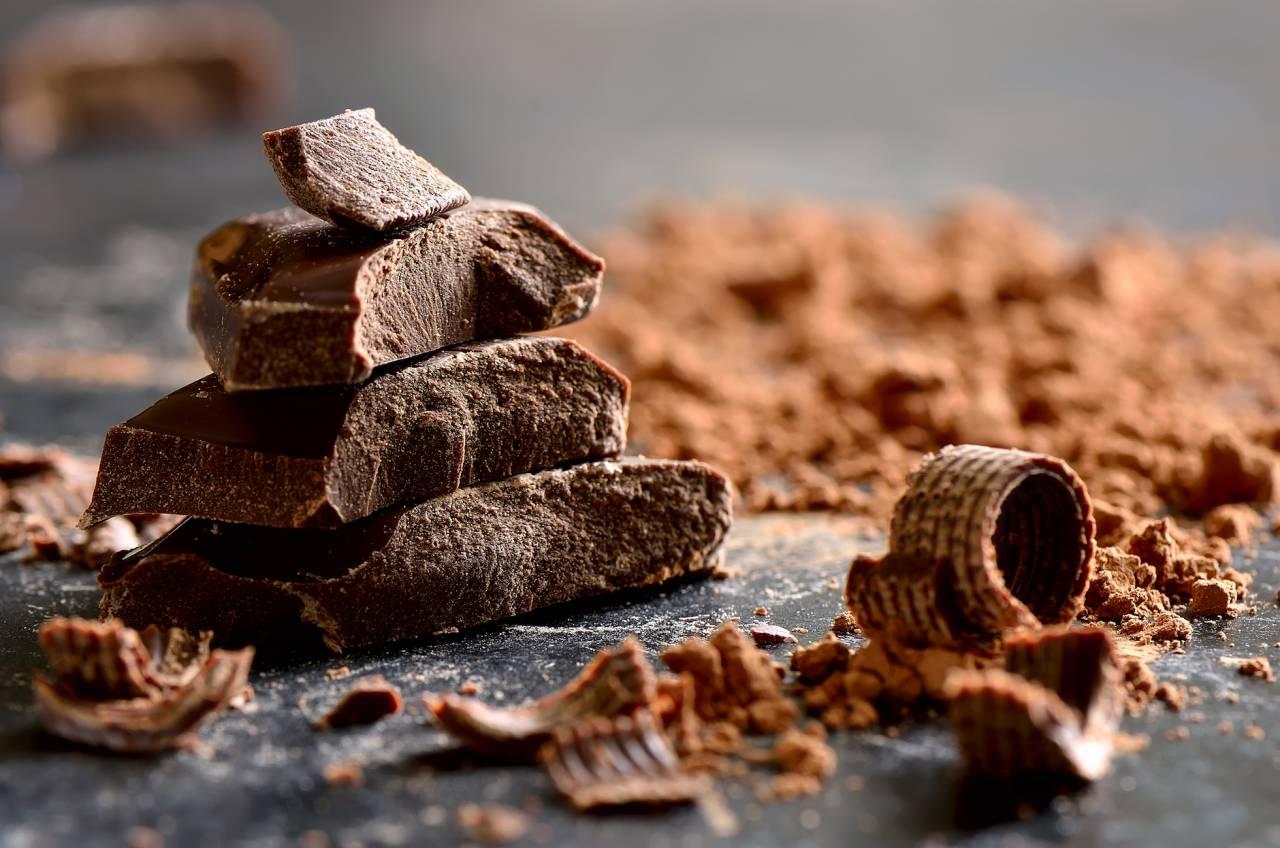 Choklad i olika bitar och former