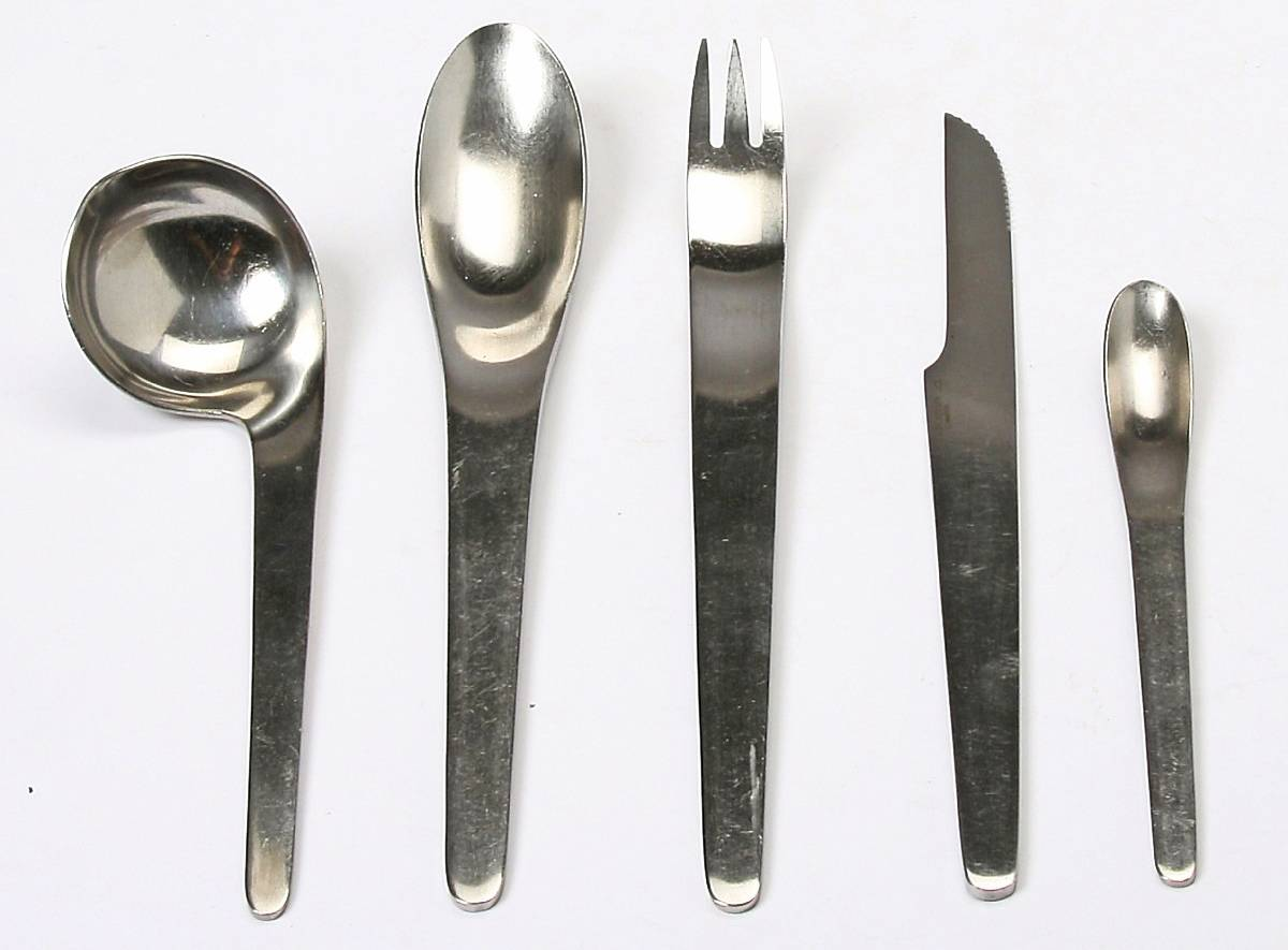 Matbestick I design av Arne Jacobsen