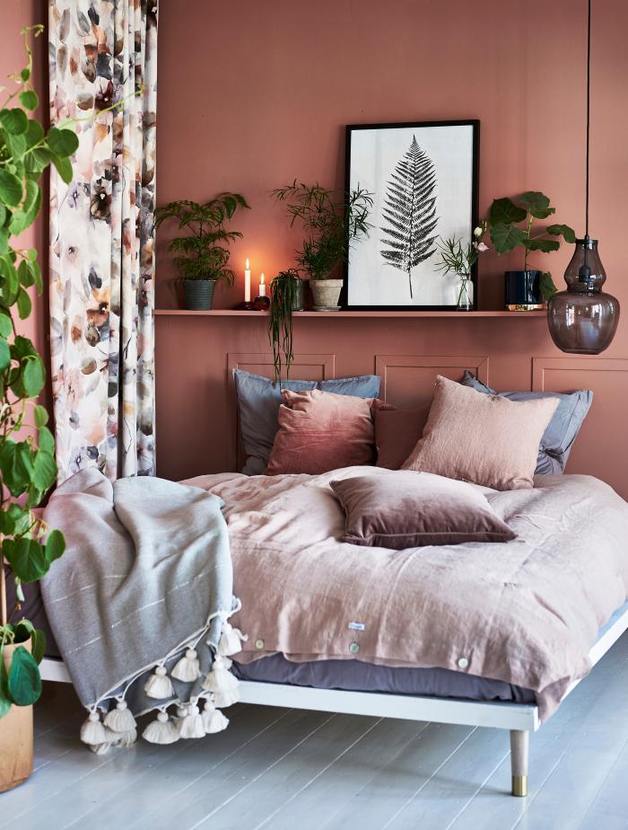 Mysigt sovrum i rosa toner