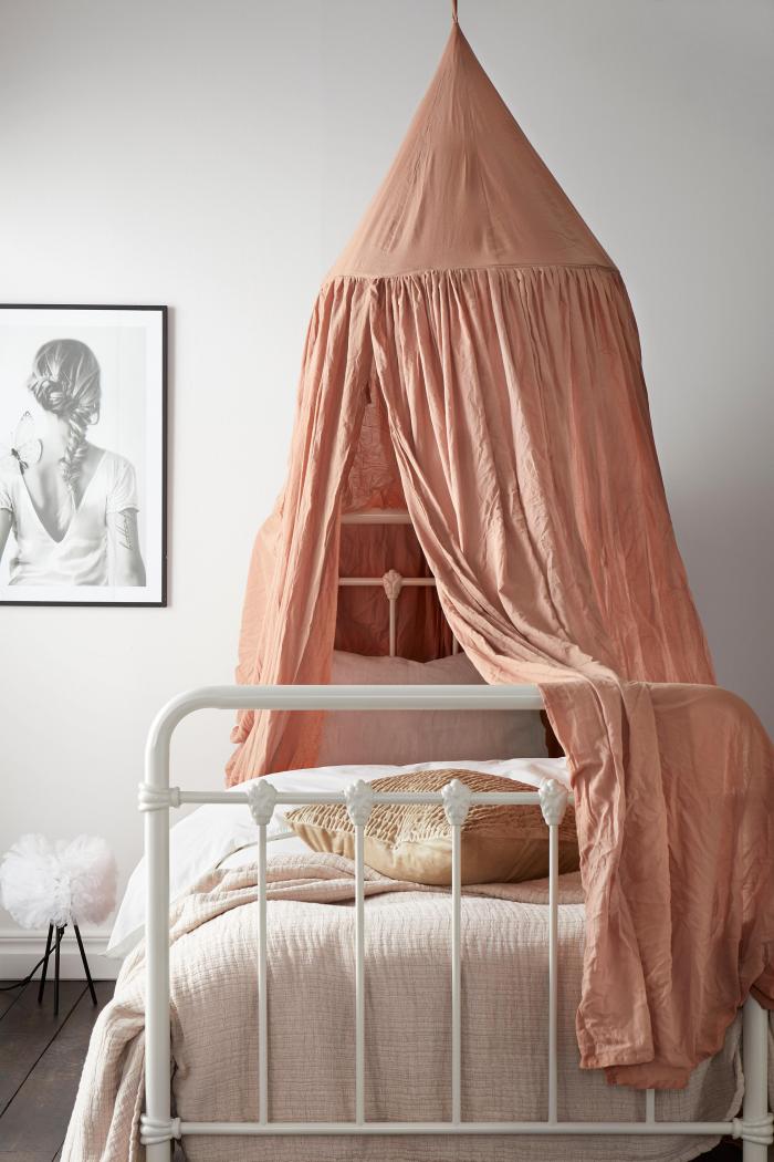 Sänghimmel i tvättad bomull från Ellos