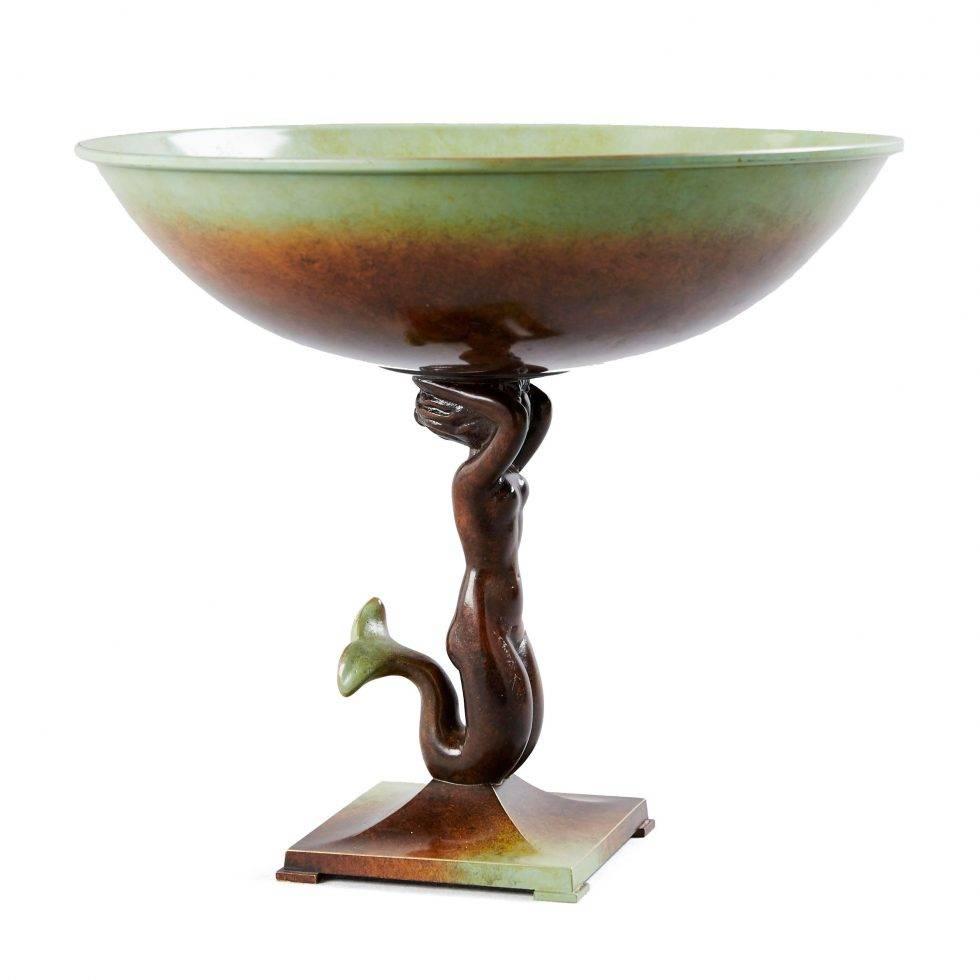 Sjöjungfruskålen i brons designades troligtvis av Anna Petreus.
