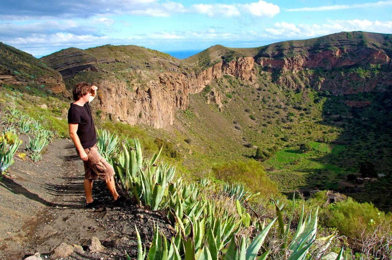 Vi från bergen stax ovanför Puerto Rico och Arguineguin