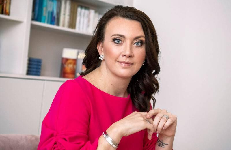 Camilla Läckberg berättar om hur det var att bli mamma efter 40