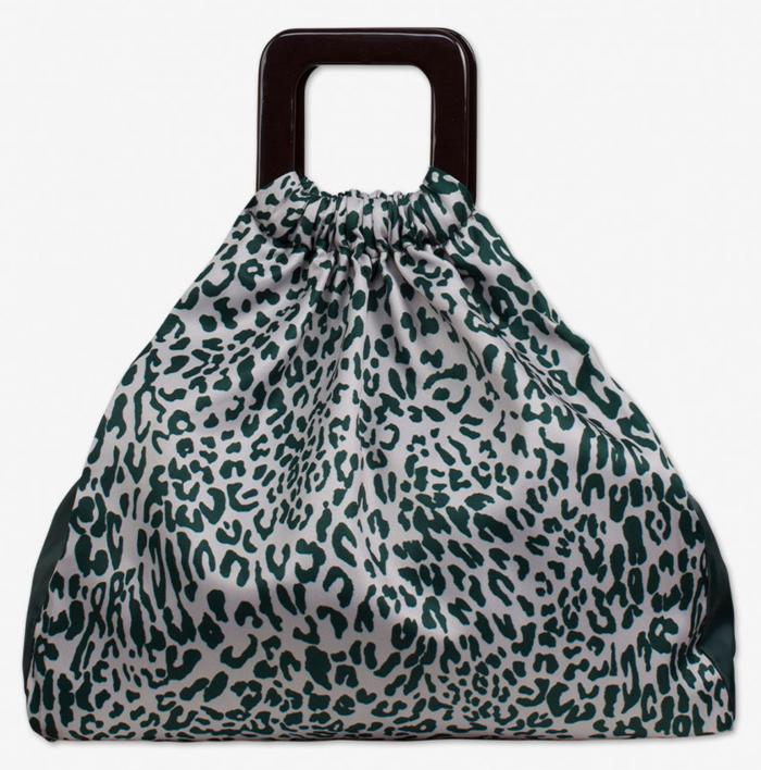 Leopardmönstrad väska från Baum und Pferdgarten