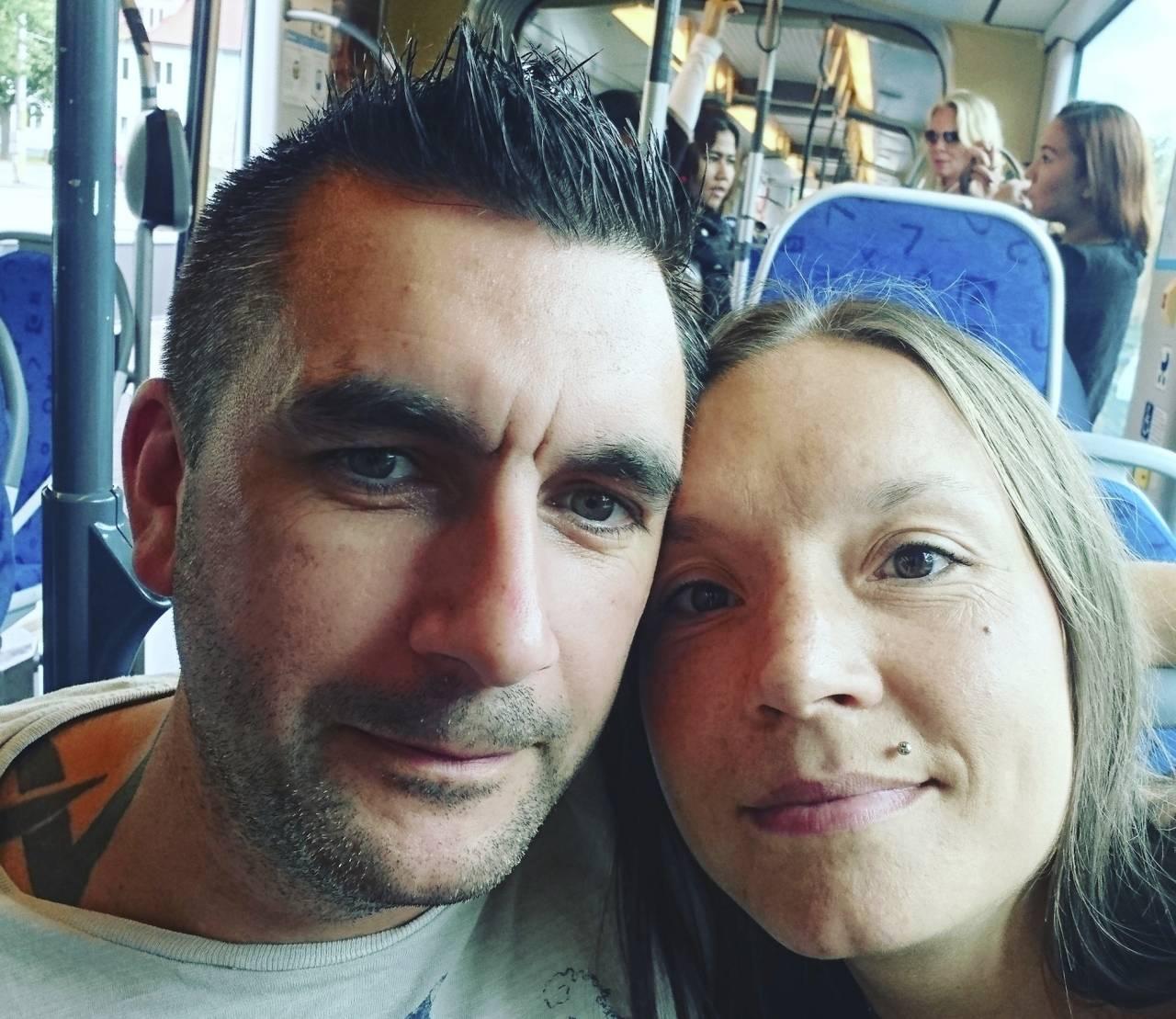 Carolina och Benny innan olyckan