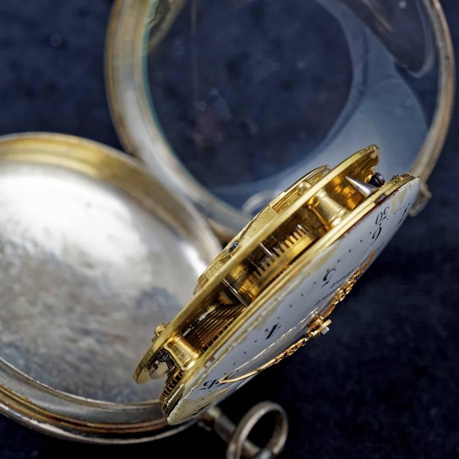 Så här ser urverket från Carlscrona med C ut om man öppnar det