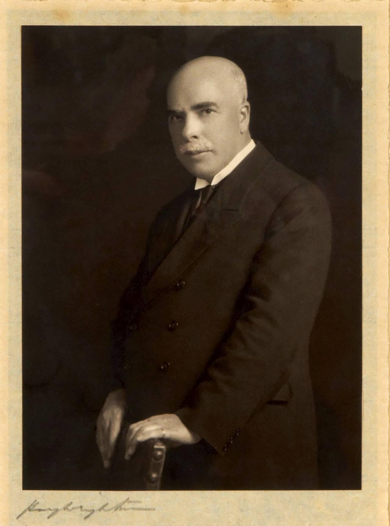 William Moorcroft 1928. Då hade keramikern redan två guldmedaljer från olika världsutställningar.