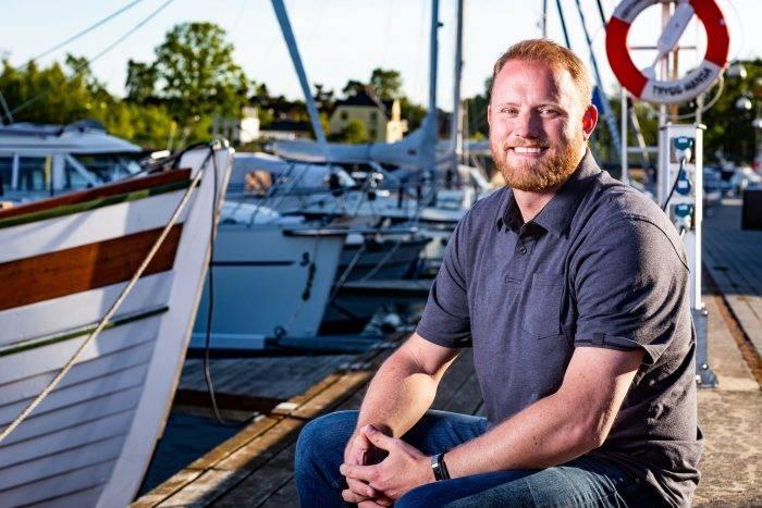 Christopher Tholstrom är en av deltagarna i Allt för Sverige 2019 i SVT.