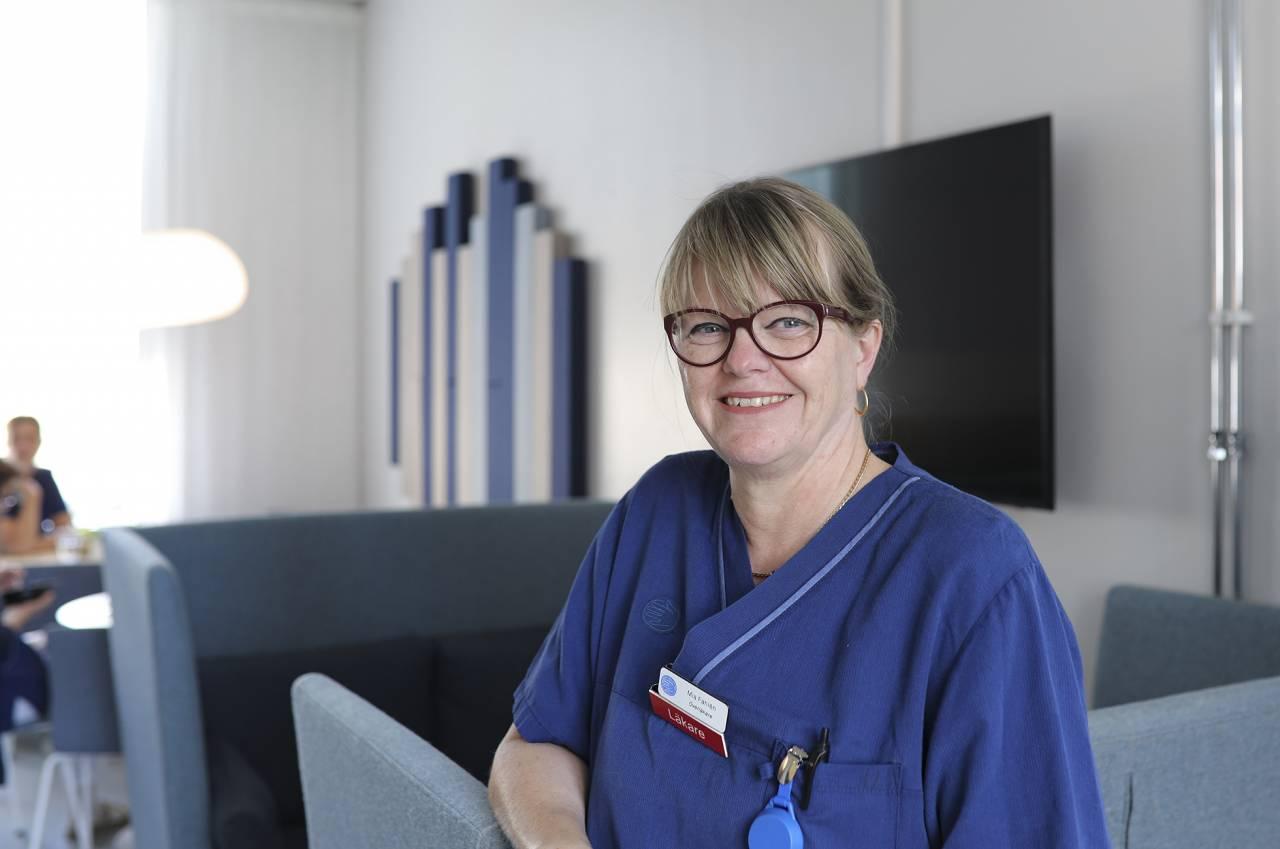 Mia Fahlén, överläkare på Capio S:t Görans sjukhus, varnar för att helt välja bort vårdens cancerbehandlingar.