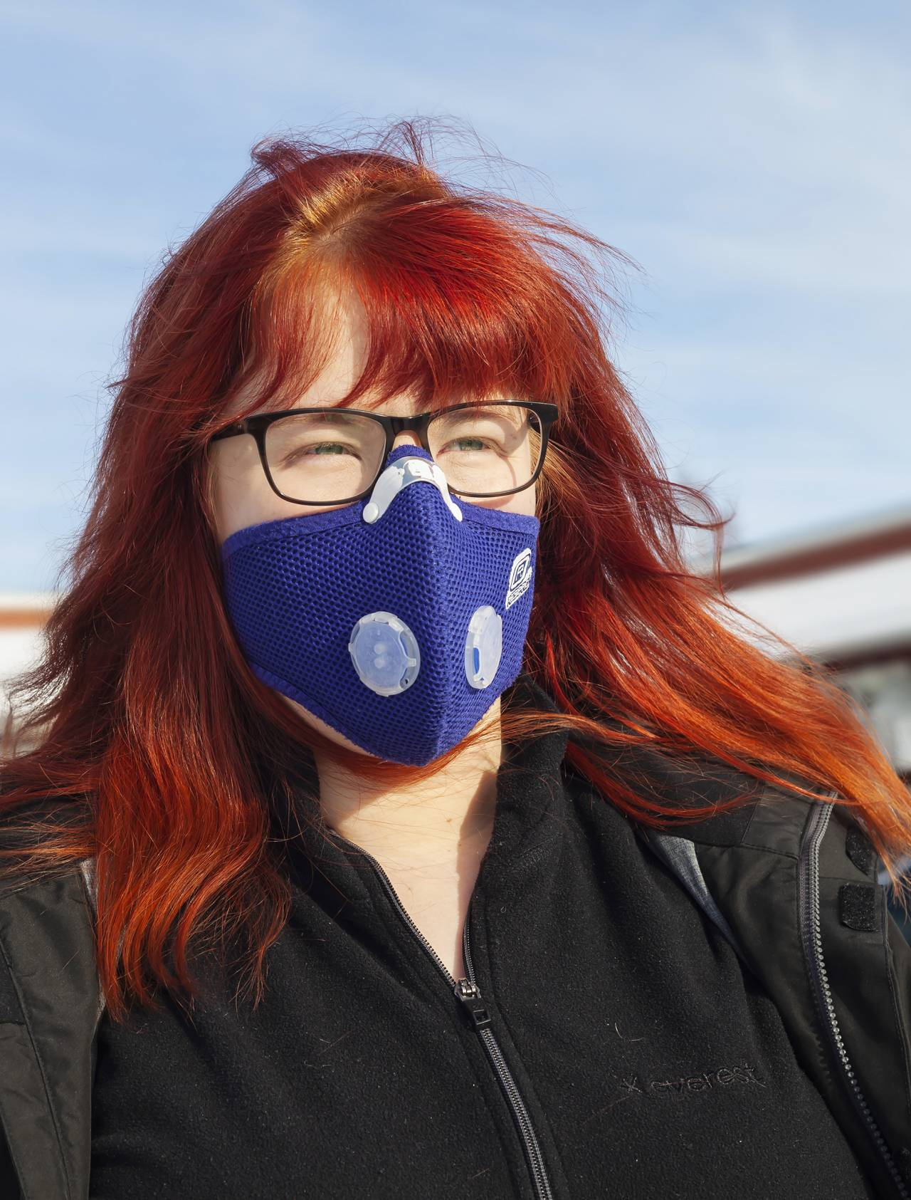 Katrin är doftöverkänslig och använder en andningsmask.