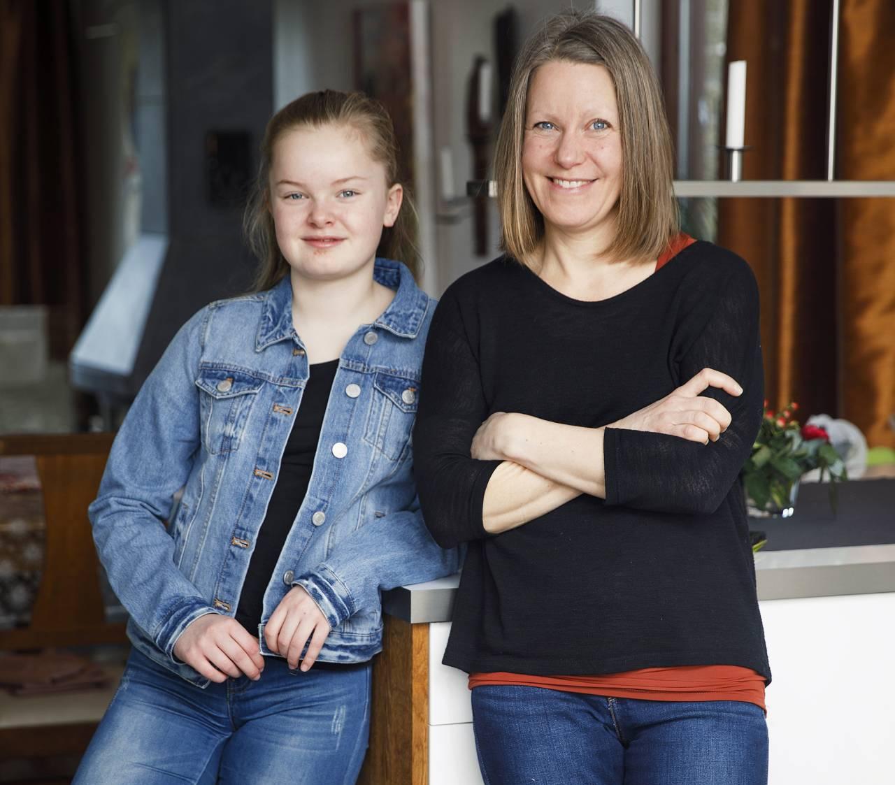Mamma Sara Ekdahl och dottern Frida