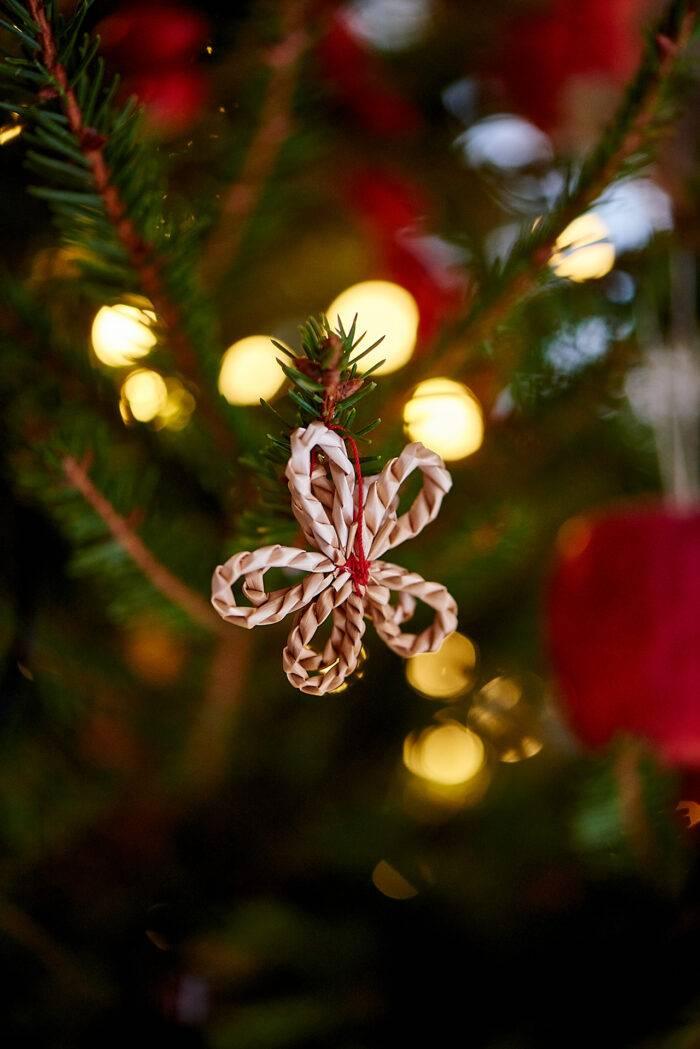 halmpynt i julgran
