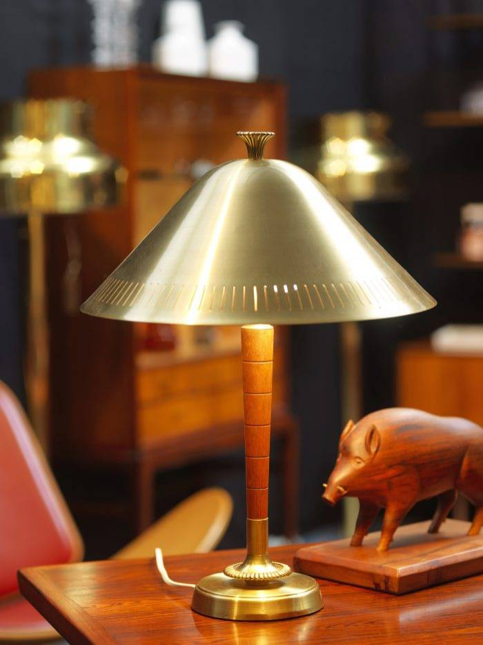 Lampa i 1940-talsdesign