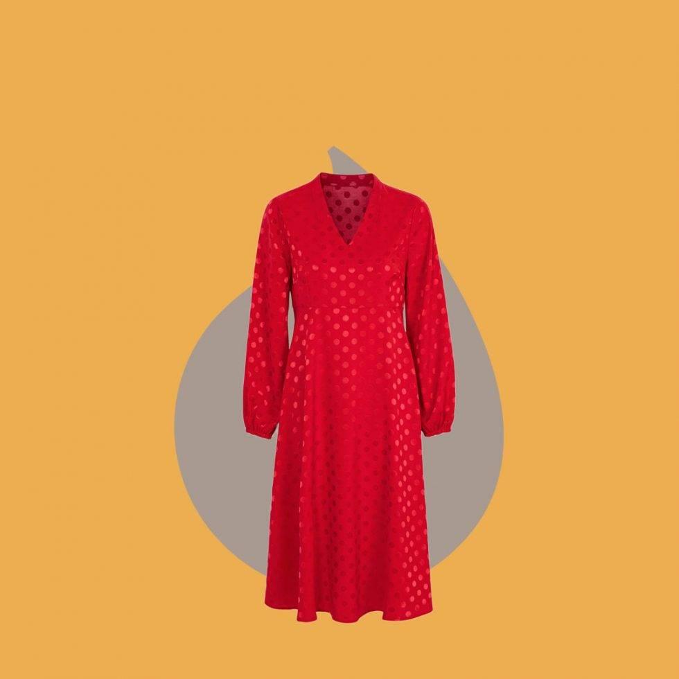 Röd klänning med prickar från Cellbes