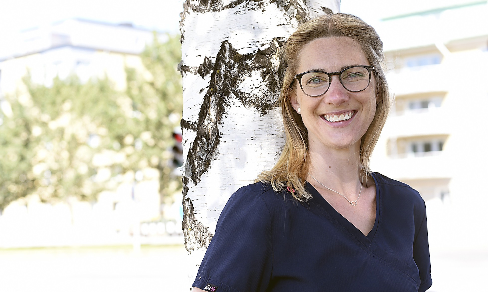 Tandläkare Linnea Roslund berättar om vanliga tandproblem.