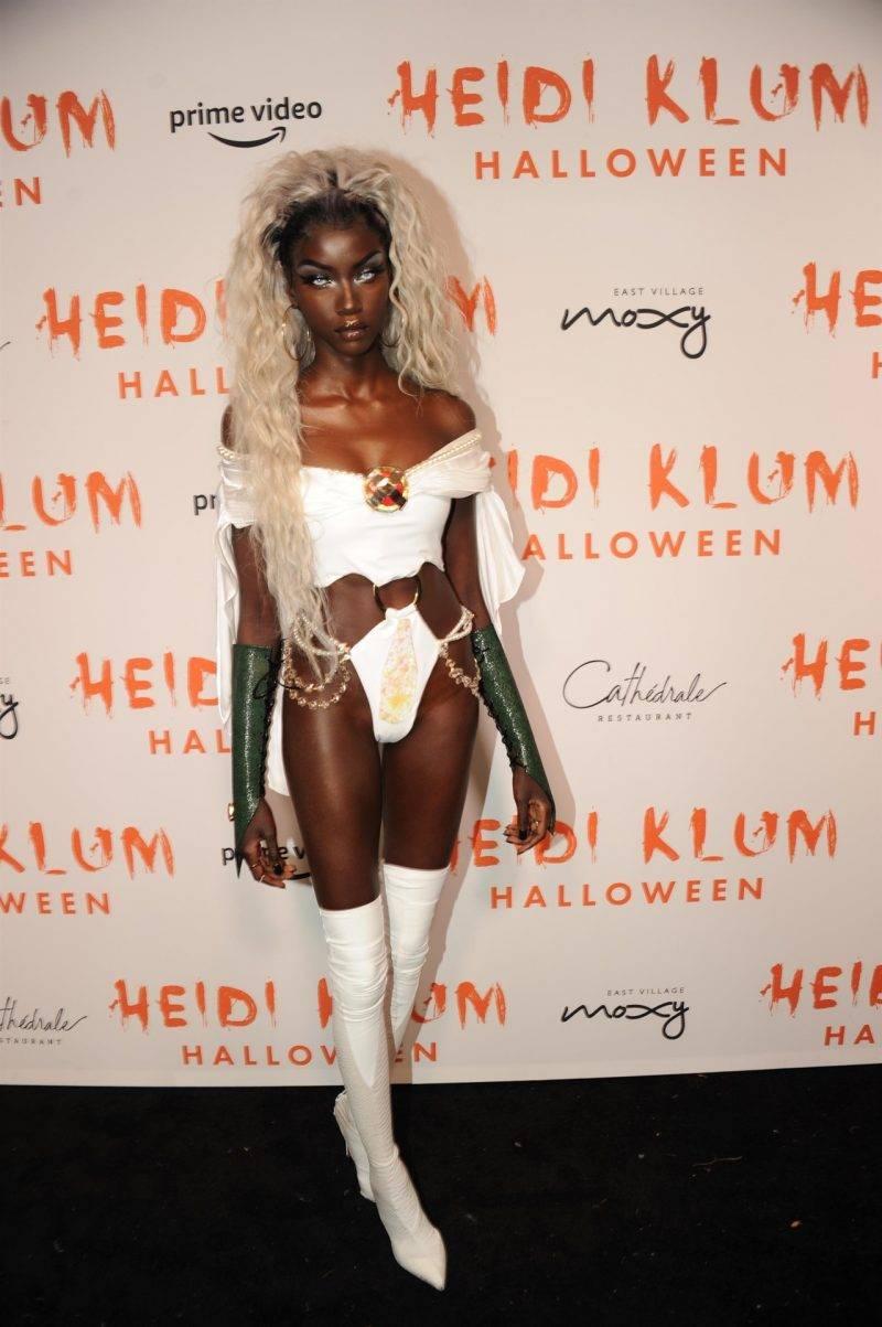 Anok Yai på Heidi Klums halloweenfest 2019