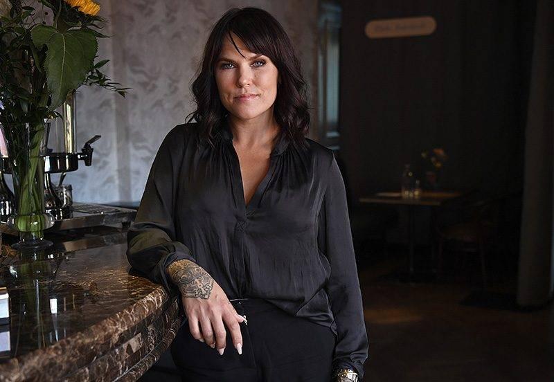 Komikern Mia Skäringer, aktuell med turnén Avig Maria – No More Fucks To Give.