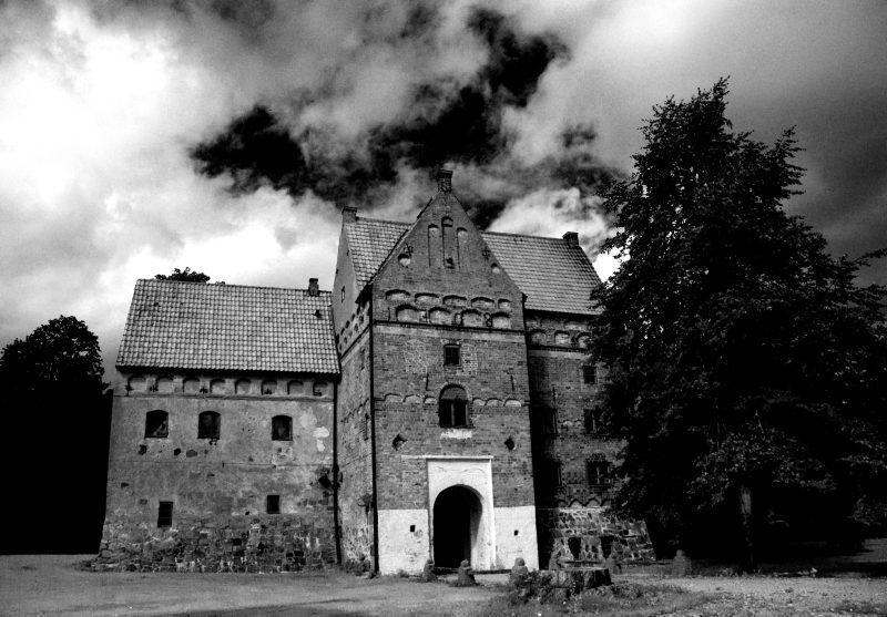 Bildresultat för torpa stenhus spöken