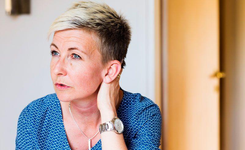 Marie Niljungs föräldrar begick båda självmord. Nu vill hon öka kunskapen om självmord och psykisk ohälsa.