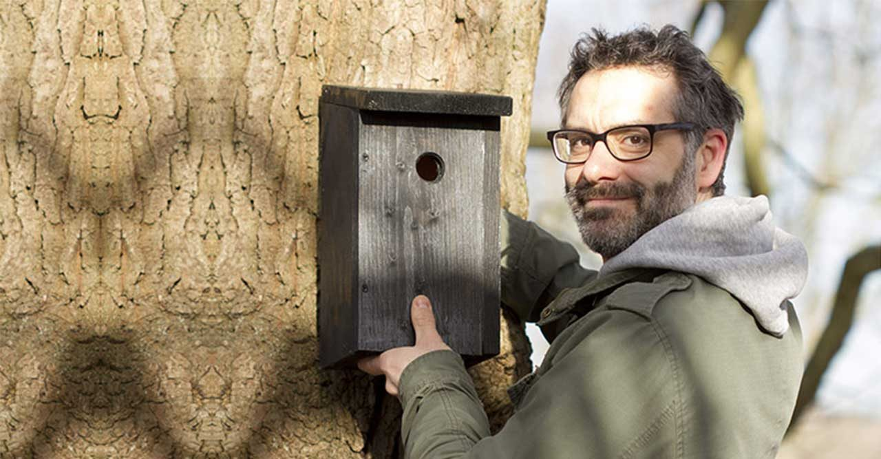 Så bygger du en smart dubbelholk till småfåglar