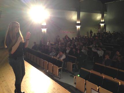 AnnHelen inleder dagen på Oscarsskolan i Oskarshamn
