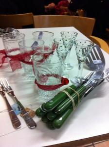 Dagens köp: gröna bestick, glas, en stekspade och fina 60-talsgafflar