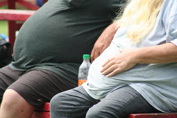 bukfetma - får du när du äter snabba kolhydrater och stressar.
