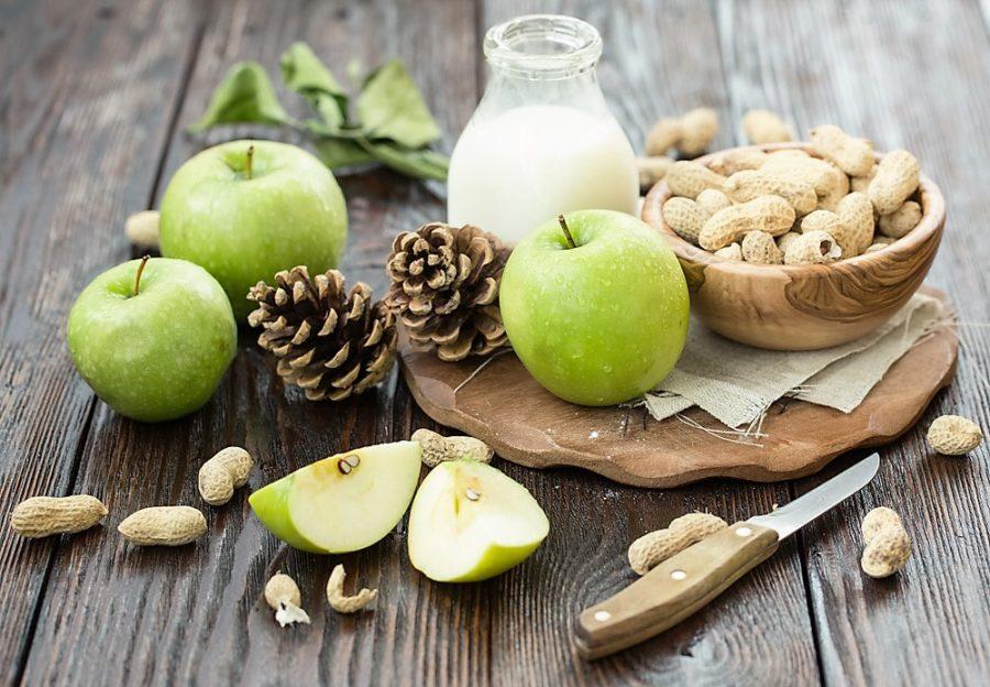 mjolk-notter-frukt-