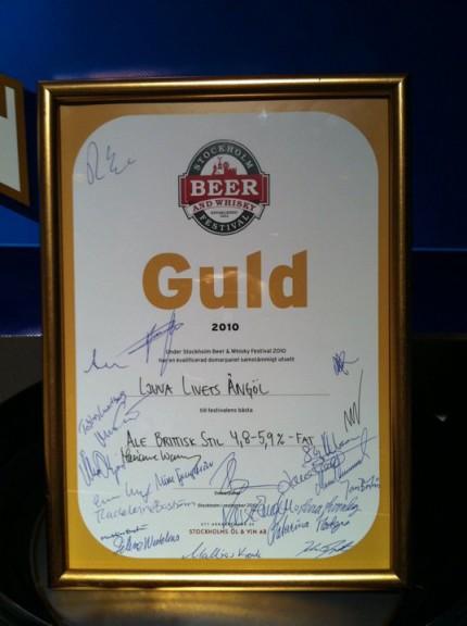 Guldölen heter Ljuva livets Ängöl och är en brittisk Ale.