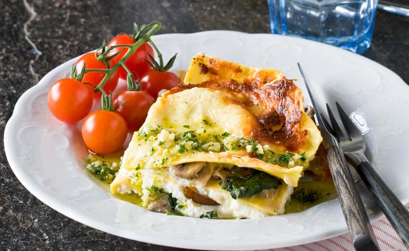 vegetarisk lasagne svamp spenat