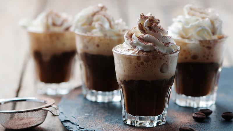 Varm kaffedrink med kahlua recept