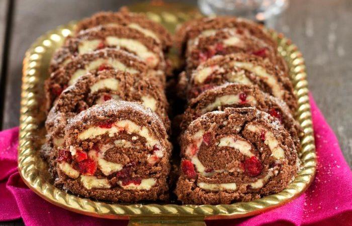 chokladrulltårta med lingon