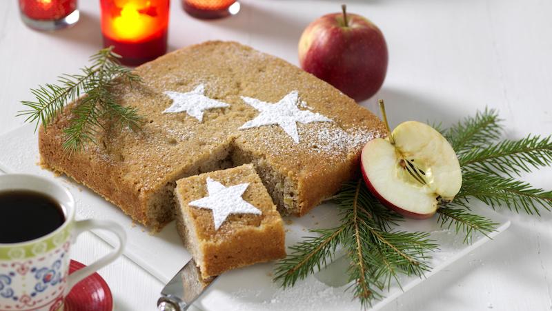 Maffig mjuk pepparkaka med äpple