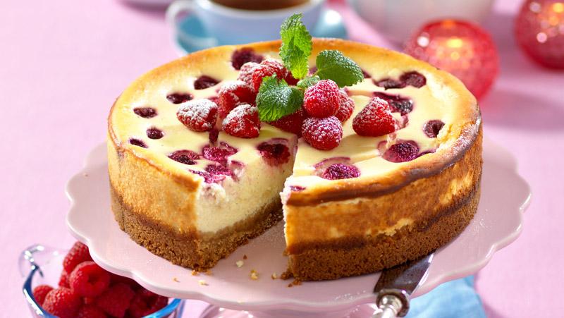 Cheesecake med hallon och vit choklad recept