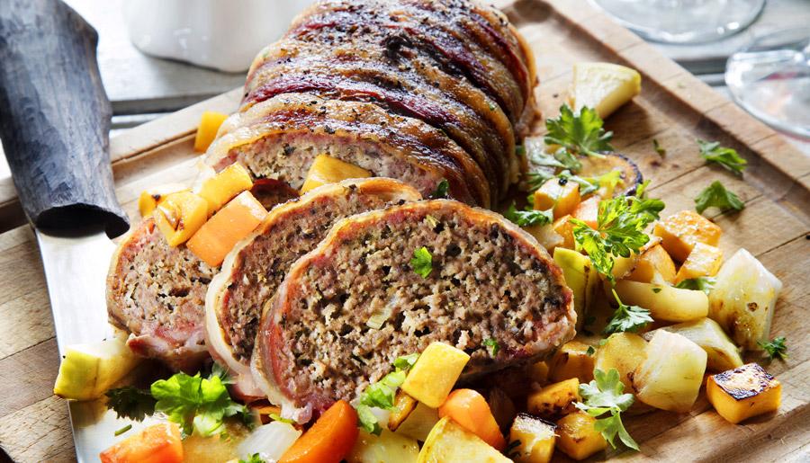 kottfarslimpa-med-bacon-och-kantareller-recept
