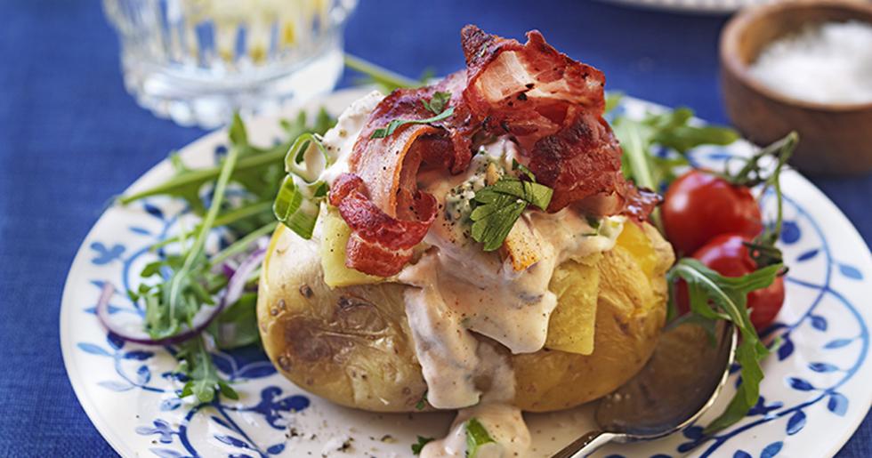 Bakad potatis med kycklingröra