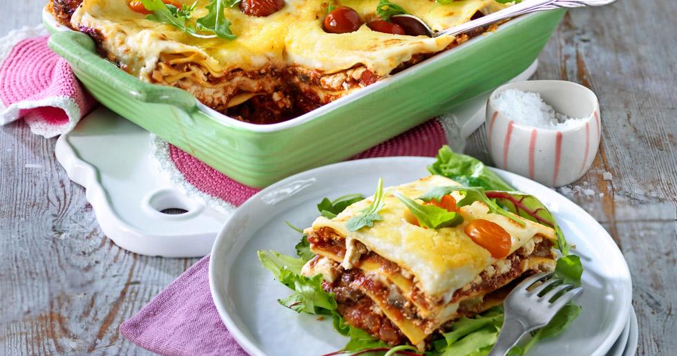 Vegetarisk lasagne med fetaost och aubergine recept