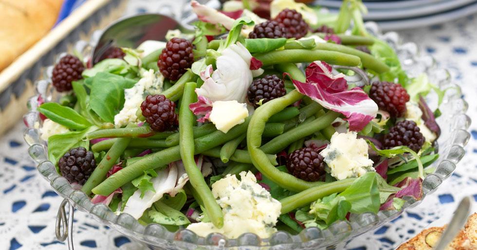 Somrig sallad med haricot verts och ädelost